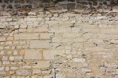 Eglise - Français:   Bresles - Eglise Saint-Gervais-Saint-Protais, fenêtre haute du mur Sud de la nef.