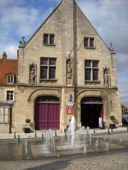 Hôtel de ville - English: The town hall of Clermont, Oise, France.