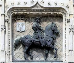Hôtel de ville - Français:   Compiègne, Hôtel de ville de Compiègne, Louis XII. (Jacquemart)