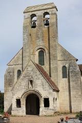 Eglise et cimetière qui l'entoure - Français:   La Rue-Saint-Pierre - Eglise Saint-Lucien