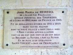 Ancienne abbaye Saint-Vincent - Français:   Plaque commémorative pour José-Maria de Heredia à l\'abbaye Saint-Vincent.