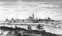 Enceinte gallo-romaine - Français:   Vue du vieux Senlis avec les fortifications.