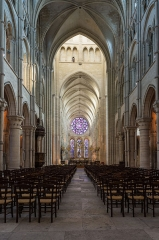 Ancienne cathédrale, actuellement église Notre-Dame, et cloître - Deutsch: Innenraum der Kathedrale Notre-Dame von Laon, Picardie, Frankreich