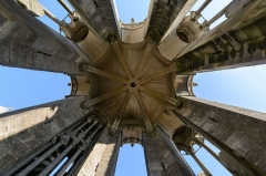Ancienne cathédrale, actuellement église Notre-Dame, et cloître - Deutsch: Gewölbe im obersten Geschoss des Südwestturms der Kathedrale Notre-Dame von Laon, Picardie, Frankreich