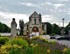 Ancienne église Saint-Pierre-au-Parvis - Deutsch: Fassade der Kirche St. Peter auf dem Vorplatz, Soissons, Département Aisne, Region Oberfrankreich (ehemals Picardie), Frankreich