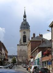 Beffroi - English: Amiens, the Belfry and the Rue du Chapeau de Violettes