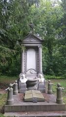 Cimetière de la Madeleine - Tombe de Théophile Bois, Joséphine Ducrocq et leurs enfants