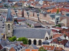 Eglise Saint-Leu - Deutsch: Blick von der Kathedrale Unserer Lieben Frau auf die Kirche St. Leu, Amiens, Département Somme, Region Oberfrankreich (ehemals Picardie), Frankreich