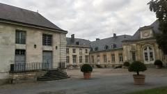 Ancien évéché - Français:   Palais de l\'évêché d\'Amiens 20