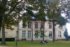 Ancien évéché - Français:   Palais de l\'évêché d\'Amiens 8