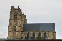Ancienne abbaye - Abbatiale Saint-Pierre de Corbie extérieur, côté sud 3