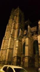 Ancienne abbaye - Abbatiale Saint-Pierre de Corbie extérieur, côté sud 7