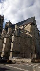 Eglise Saint-Pierre (ancienne abbatiale) - Abbatiale Saint-Pierre de Corbie, façade méridionale (5)