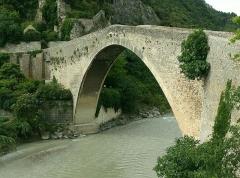 Pont sur l'Eygues -  Nyons: romanische Brücke