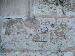 Ancienne cathédrale, actuellement église paroissiale - Cathédrale Notre-Dame de Saint-Paul-Trois-Châteaux: marque de tacheron
