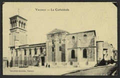 Cathédrale Saint-Apollinaire - English: CA 1900