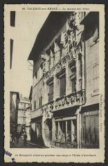 Maison des Têtes - English:   Ecoles Valence