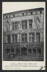 Maison des Têtes - English:   CA 1910; Reconstitution d\'après le tableau de Louis Ageron. Diane de Poitiers, Duchesse de Valentinois, visite cette maison en 1565