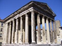 Temple d'Auguste et de Livie -  Römischer Tempel zu Vienne