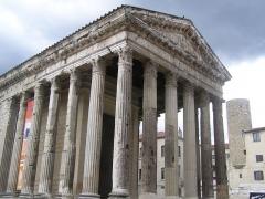 Temple d'Auguste et de Livie - English: Temple of Auguste and Livie