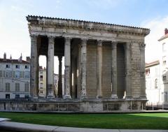 Temple d'Auguste et de Livie -  Vienne, Roman Temple d'Auguste et Livie