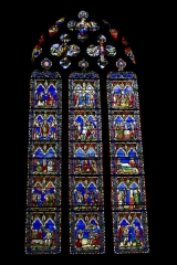 Eglise Notre-Dame - English:  Chapel of the Blessed Virgin and the Holy Sacrament, stained glass Thevenot (19 century) depicting the fifteen mysteries of the Rosary.