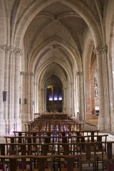 Eglise Notre-Dame - English:  Collateral nave of the right.