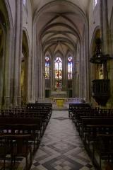 Grand'Eglise ou Eglise Saint-Etienne - Vue de la nef de l'église Saint Laurent et Saint-Etienne dite