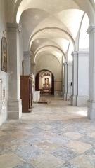Eglise Saint-Just - Français:   Nef gauche.