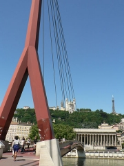 Palais de Justice de Lyon -  Ponts de Lyon - Passerelle du Palais de Justice  Ponts de Lyon - Passerelle du Palais de Justice