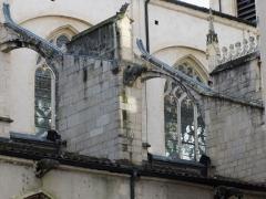 Eglise Notre-Dame-des-Marais - Français:   Depuis la rue à l\'arrière de l\'église
