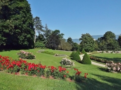 Château de Buisson Rond - English: Sight of the parc de Buisson-Rond park rose garden in city of Chambéry, Savoie, France.