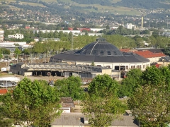 Remise ferroviaire dite rotonde SNCF - English: The roundhouse of Chambéry from the Faubourg Reclus on June 10, 2016.