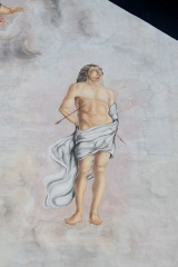Eglise de Conflans - Français:   Saint-Sébastien, détail de la fresque murale de la façade de l\'église Saint-Grat (Conflans)