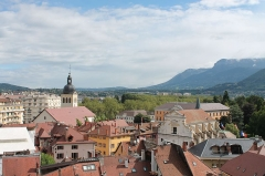 Eglise Saint-Maurice - Français:   Vue de la vieille ville d\'Annecy, depuis le château
