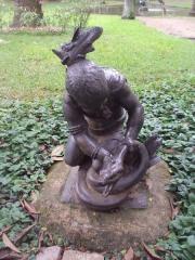 Fonderie du Val d'Osne - Português: Fundição Val d'Osne: escultura do século XIX representando o continente americano, no jardim do Palácio do Catete, Rio de Janeiro, Brasil.