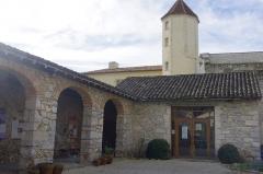 Ancienne abbaye Saint-Jean - Français:   Sorde l\'Abbaye - entrée abbaye