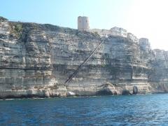 Escalier du roi d'Aragon - English:   l\'escalier du roi d\'Aragon depuis le bateau