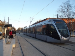 Palais de Justice - Nederlands: Tram bij de eindhalte