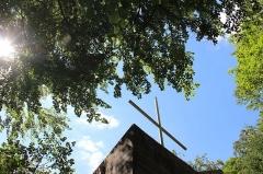 Ermitage de Saint-Rouin, puis chapelle de pèlerinage - Français:   La croix