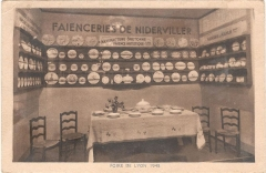 Faïencerie - English: Booth of the Niderviller group in the Lyon fair, 1948