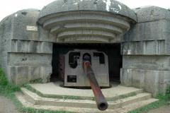 Batterie d'artillerie de Longues -  Batterie Longues-sur-Mer, erhaltene deutsche Küstenbatterie des Atlantikwalles in der Normandie.