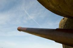 Batterie d'artillerie de Longues - Français:   Détail canon longues sur mer