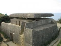 Batterie d'artillerie de Longues - English:   Poste de tir de la batterie de Longues-sur-Mer