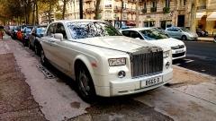 Hôtel Plaza-Athénée -  Rolls Royce Phantom, Plaza Athénée, Paris.