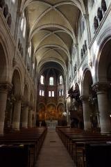 Eglise du Centre ou Saint-Clodoald - Deutsch: Blick zum Chor in der katholischen Pfarrkirche Saint-Clodoald in Saint-Cloud