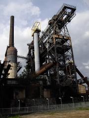Usine sidérurgique - English: Inside the U4 blast furnace park, in Uckange, Moselle, France.