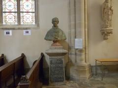 Eglise Saint-Amé - Français:   Le buste de l\'abbé Menestrel, Église Saint-Amé, Plombières-les-Bains (Vosges, Lorraine, France)