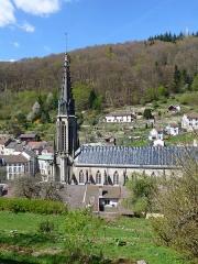 Eglise Saint-Amé - Français:   Plombières-les-Bains (Vosges): l\'église Saint-Amé vue depuis les Jardins en terrasses
