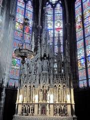 Eglise Saint-Amé - Français:   Retable du maître-autel de l\'église de Plombières-les-Bains. Vosges.